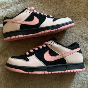 Women's Nike Dunk Low